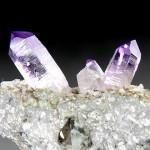 アメシスト(紫水晶)クラスター