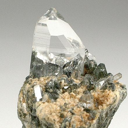 ヒマラヤ水晶らしい透明感あふれる結晶