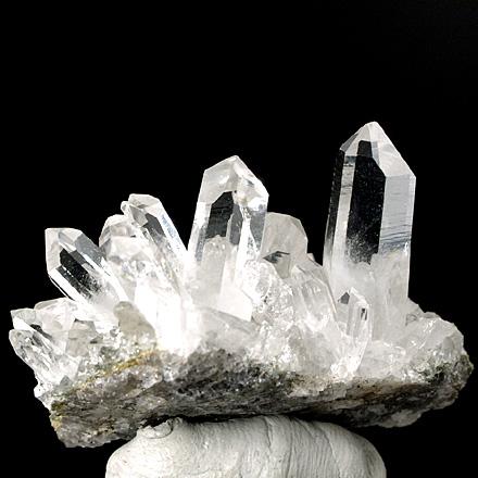 透明感抜群のヒマラヤ水晶クラスター