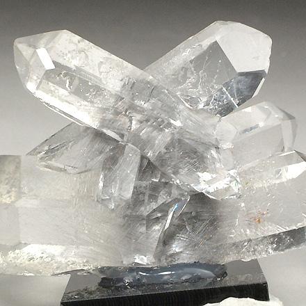 ブロッカイト入り水晶